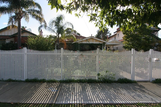 Timber Vs Metal Fencing What To Consider Fencemakers