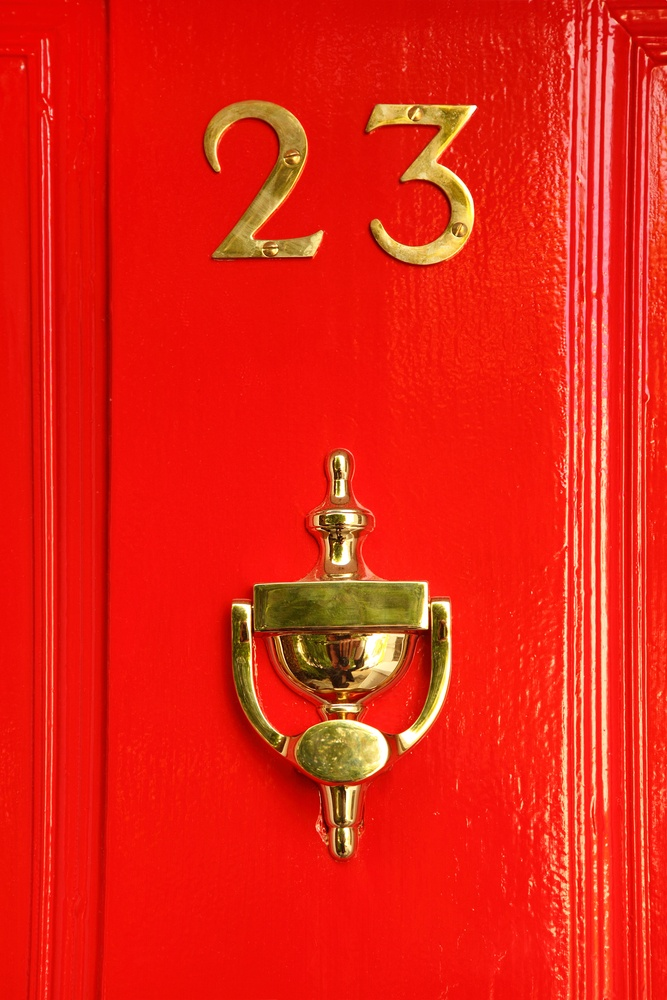 Oct 2015 red door