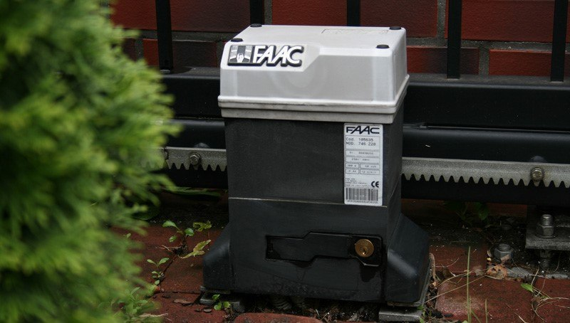 FAAC gate motor
